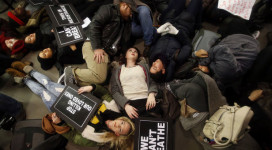 Protestors in New York stage a die-in