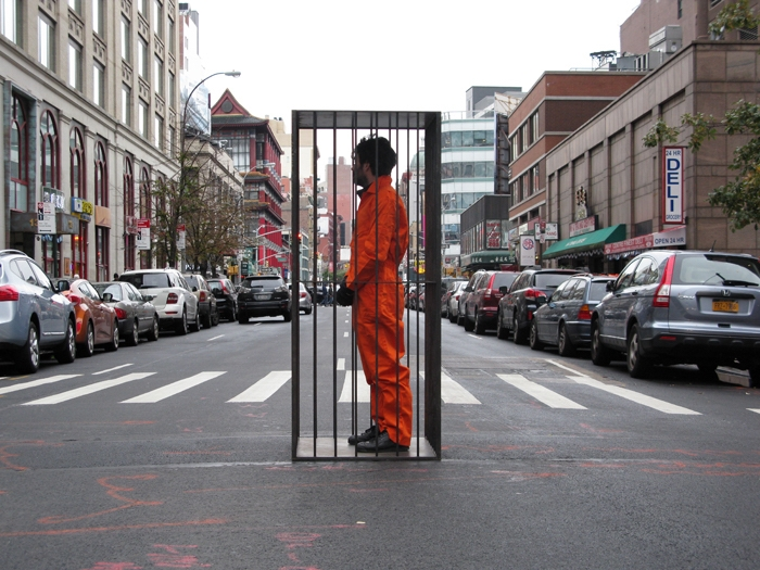 The prisoner in the public eye was Lech Szporer (Hannes Charen)