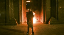 "Pavlensky, in the early morning November 9, burned the Lyubyanka door to the FSB in a protest art performance called ""Threat"" (Pyotr Pavlensky)."